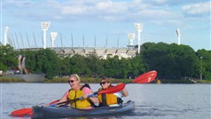Melbourne City Kayaking Tour going past MCG