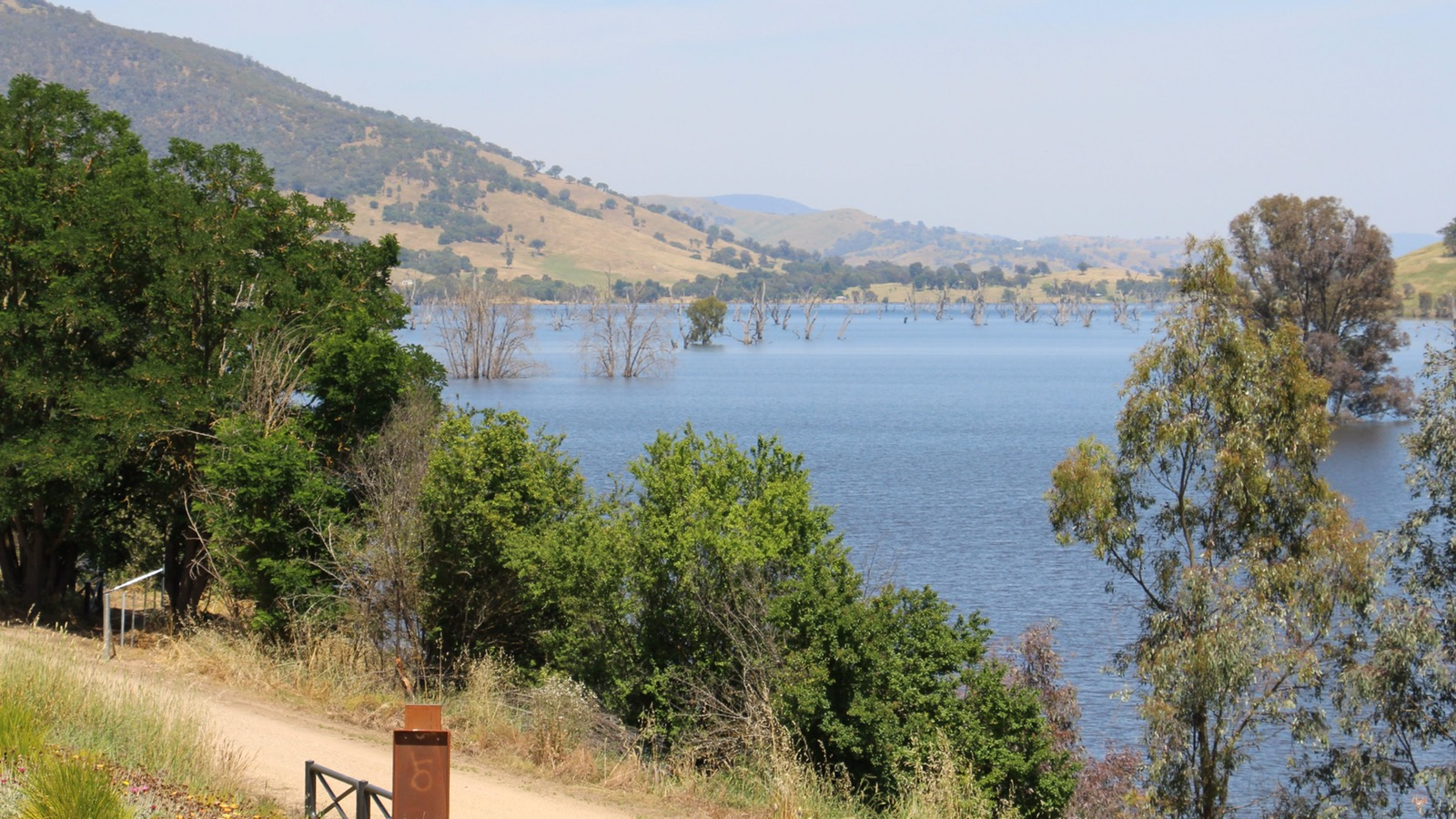 Old Tallangatta Lookout along the High Country Rail Trail