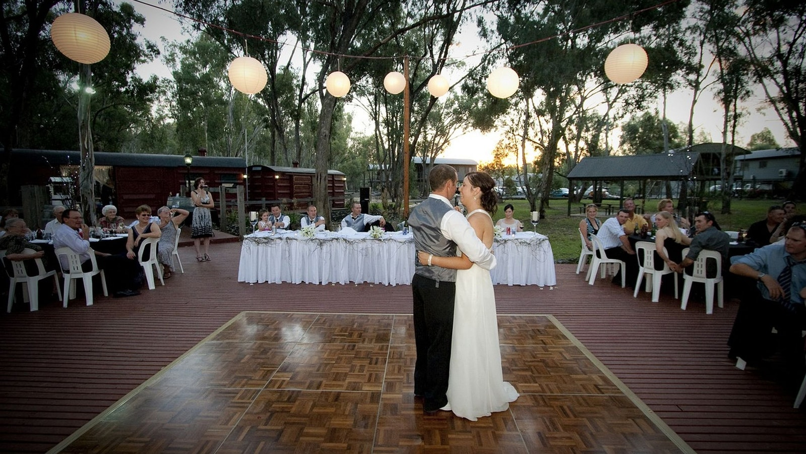 wedding venue on the banks of the Murray River