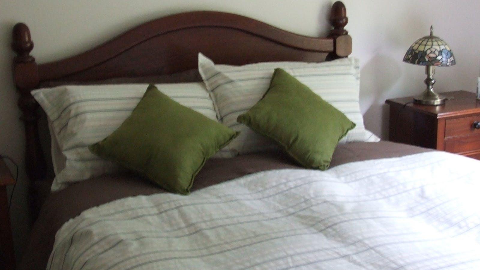 Bedroom - all linen supplied