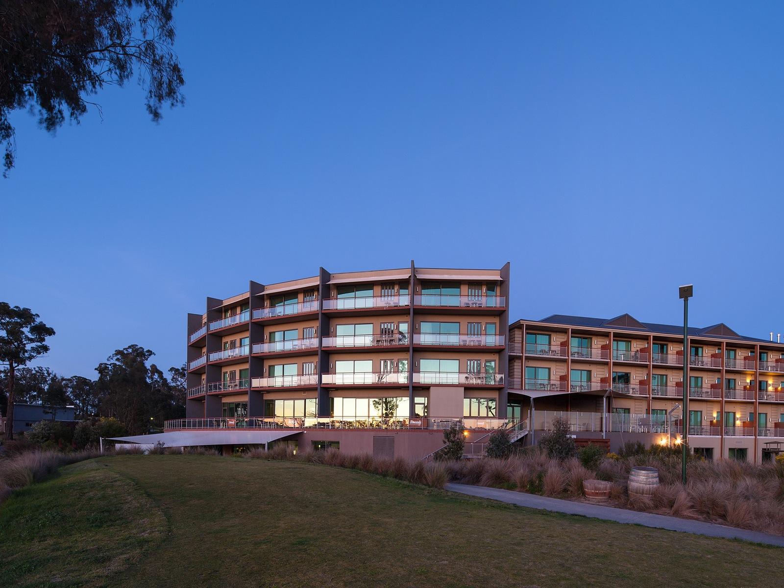 Macedon Ranges Spa Retreat