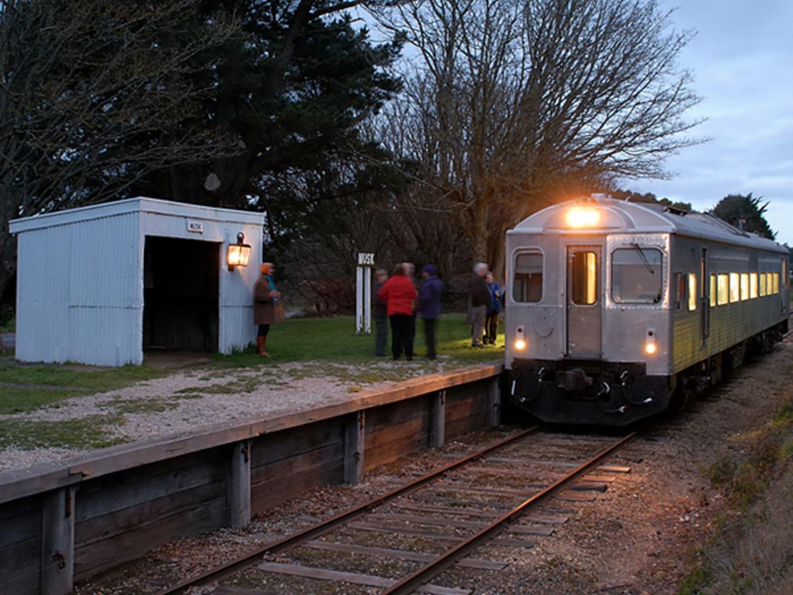 Silver Streak - Food and Wine Train