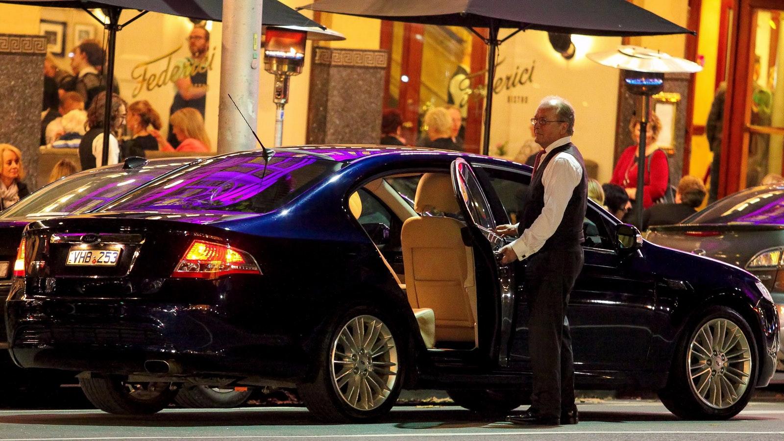 Your Gisborne Cab awaits
