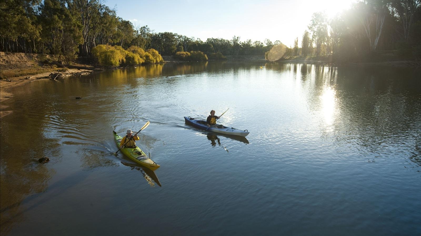 explore the Murray River