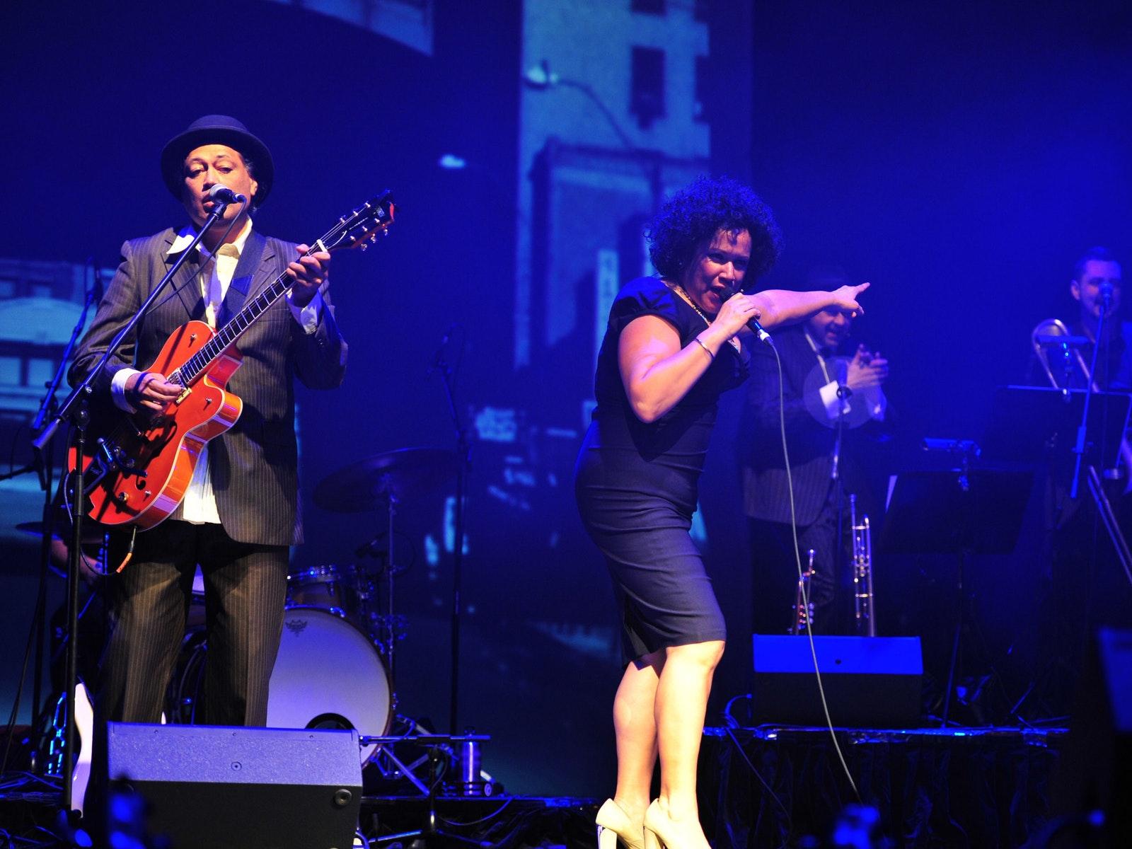 Vika Bull and The Essential R&B Band