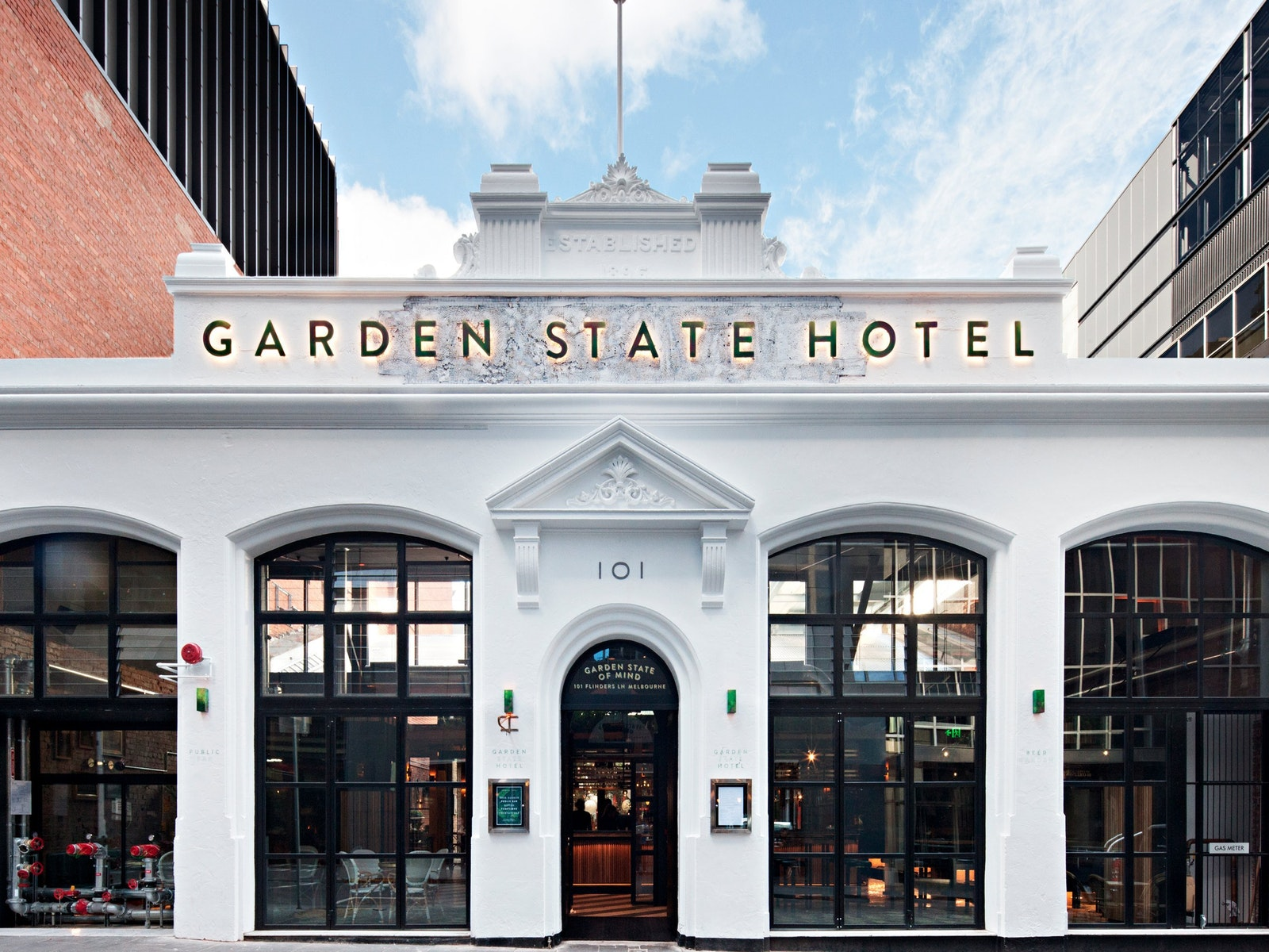 Entrance to Garden State Hotel