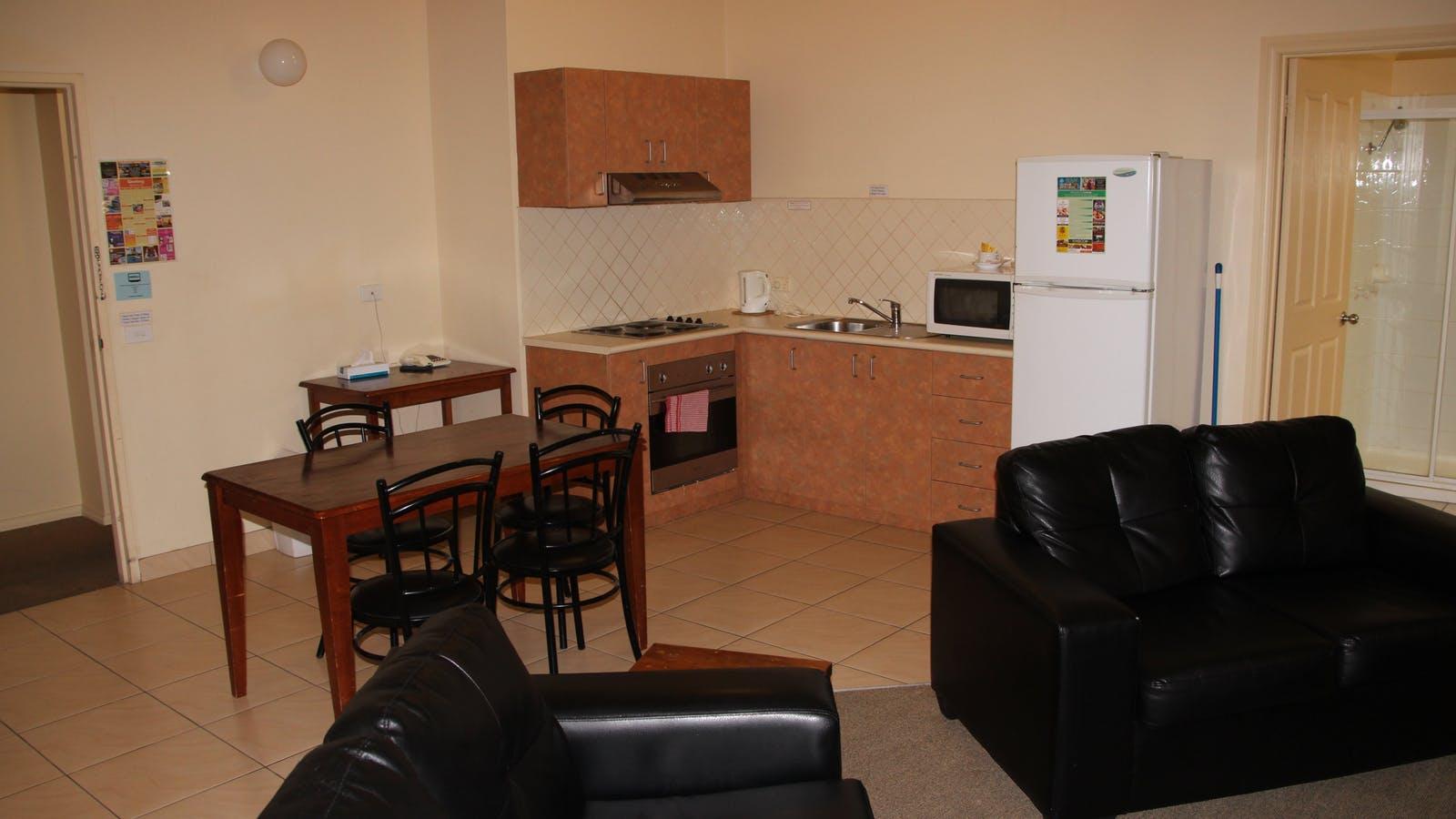 2 Bedroom Gnd Floor Kitchen