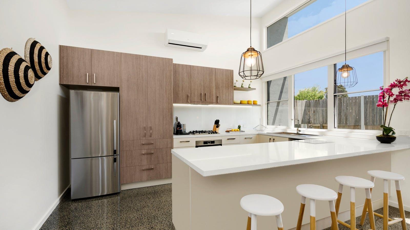 Bell Air Ocean Grove.   Modern Kitchen Amenities