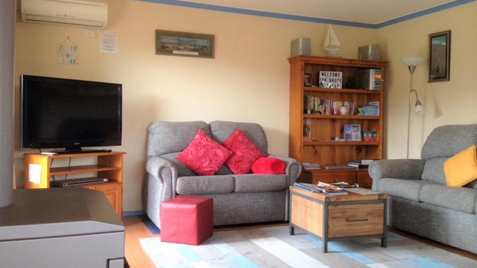 Living area, gas log fire, cosy seats