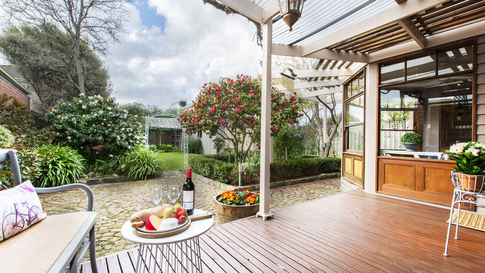 gorgeous north-facing rear deck and garden for alfresco relaxing