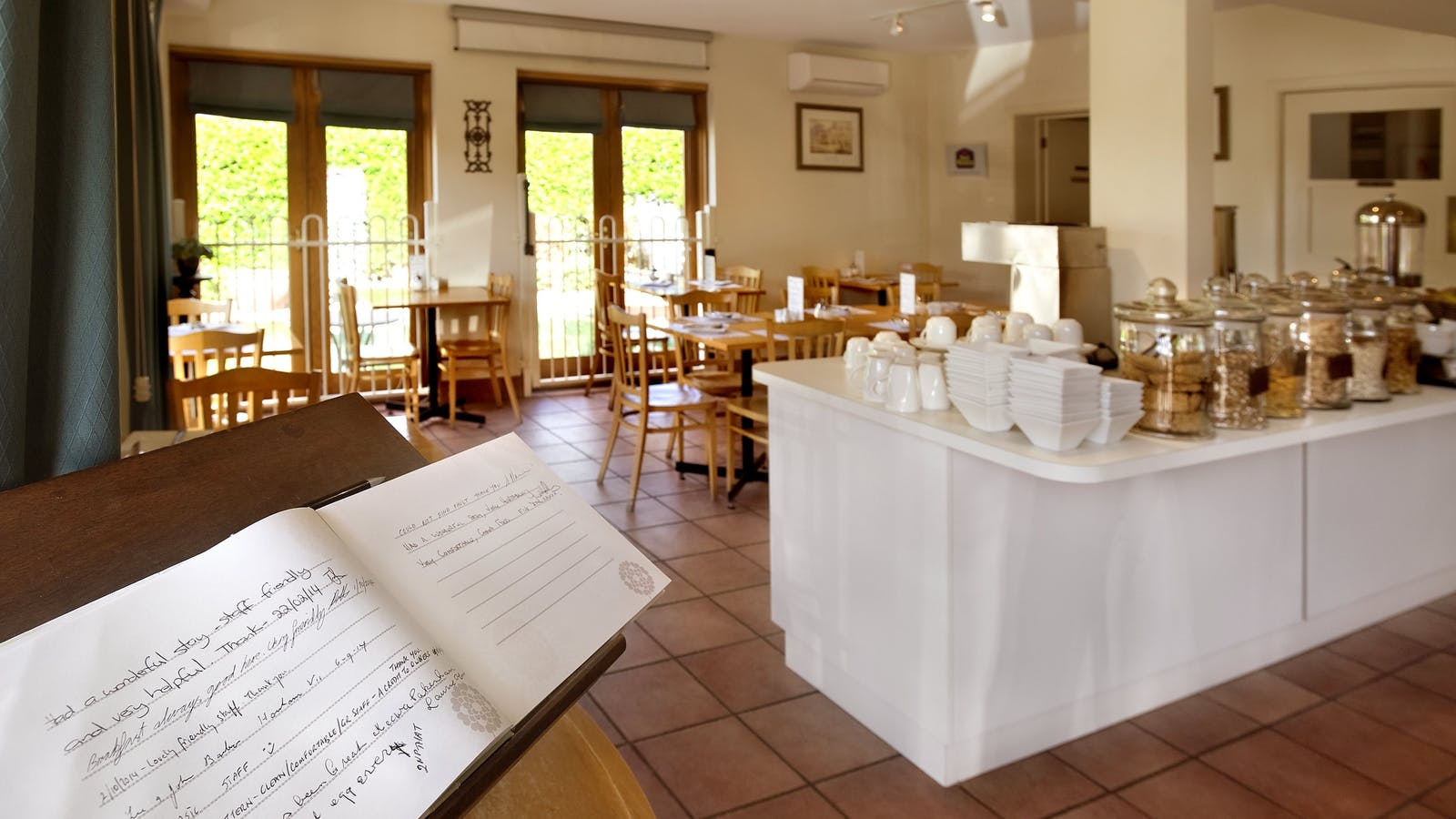 enjoy a lovely buffet continental or cooked breakfast