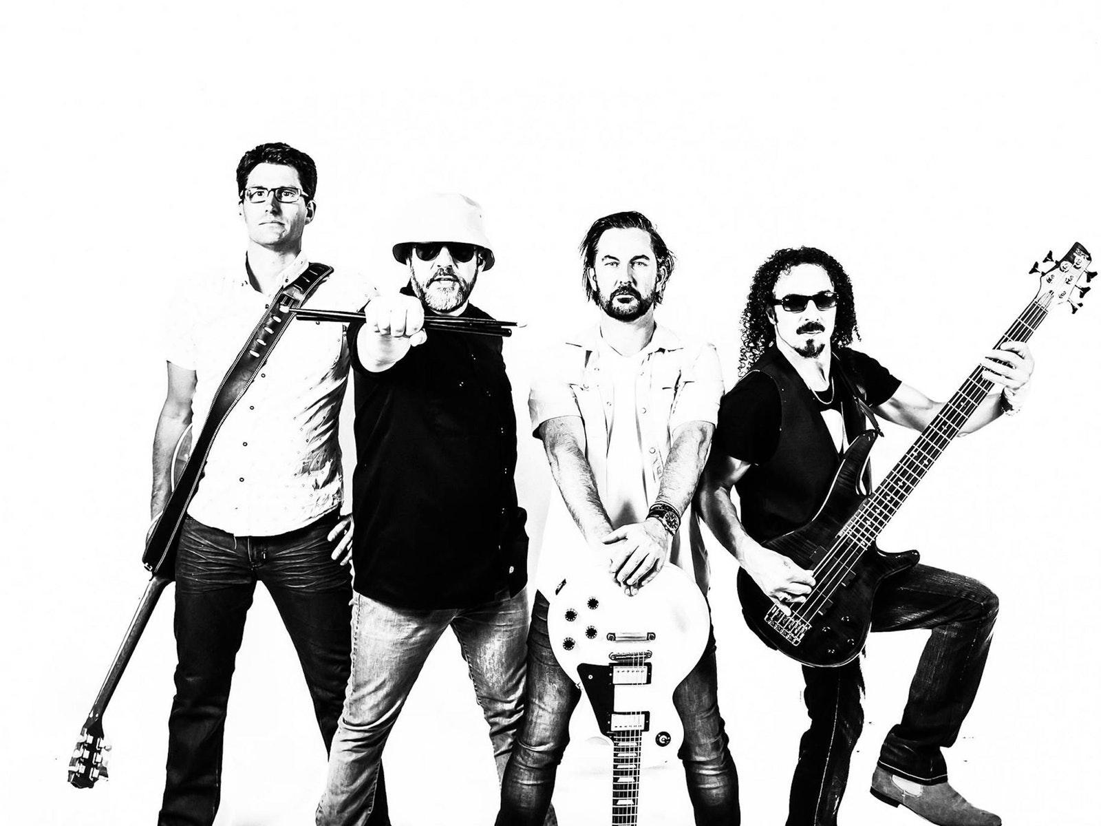 Mr Meaner - Free live music Apollo Bay