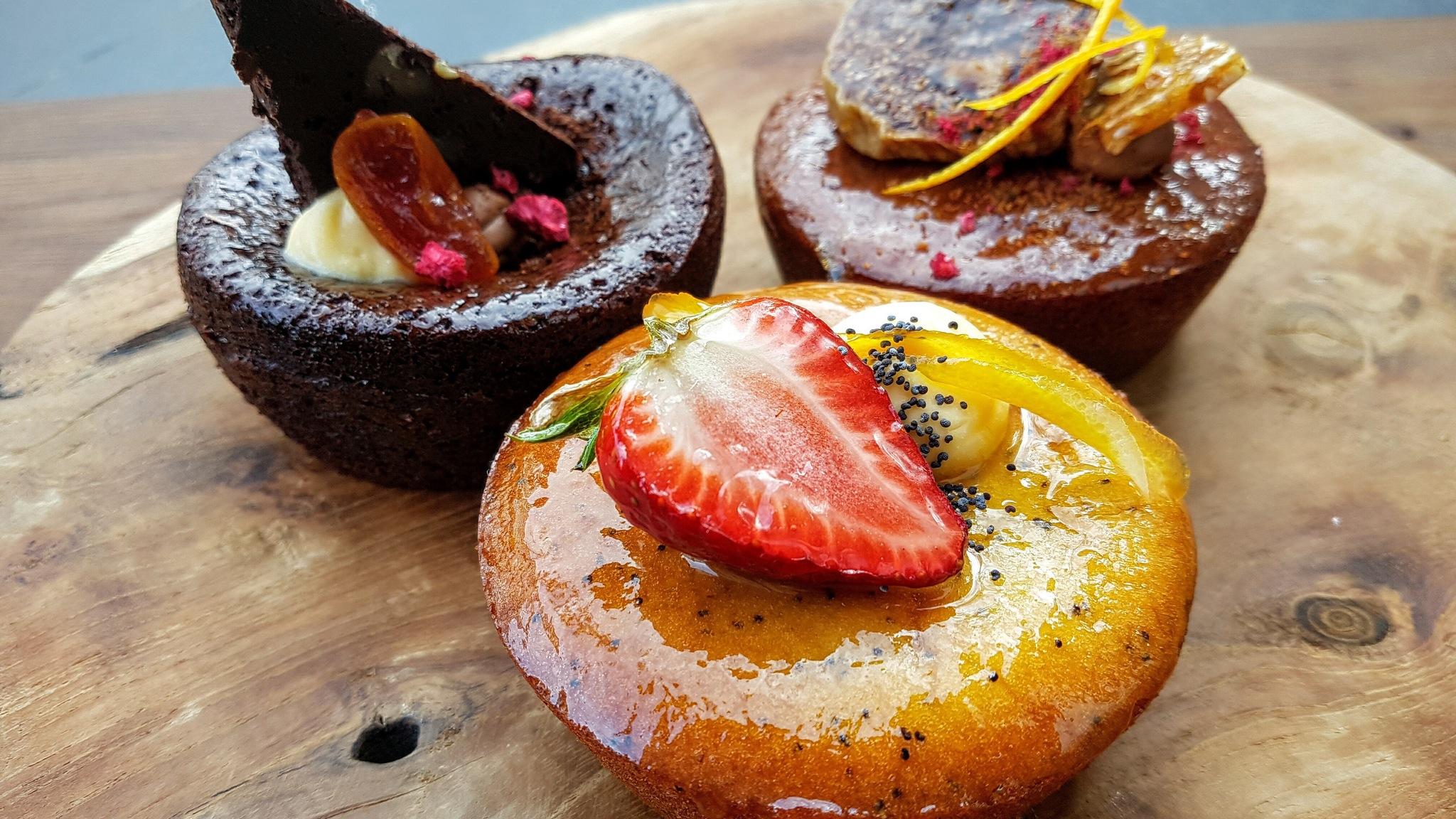 Annie's Provedore Cakes