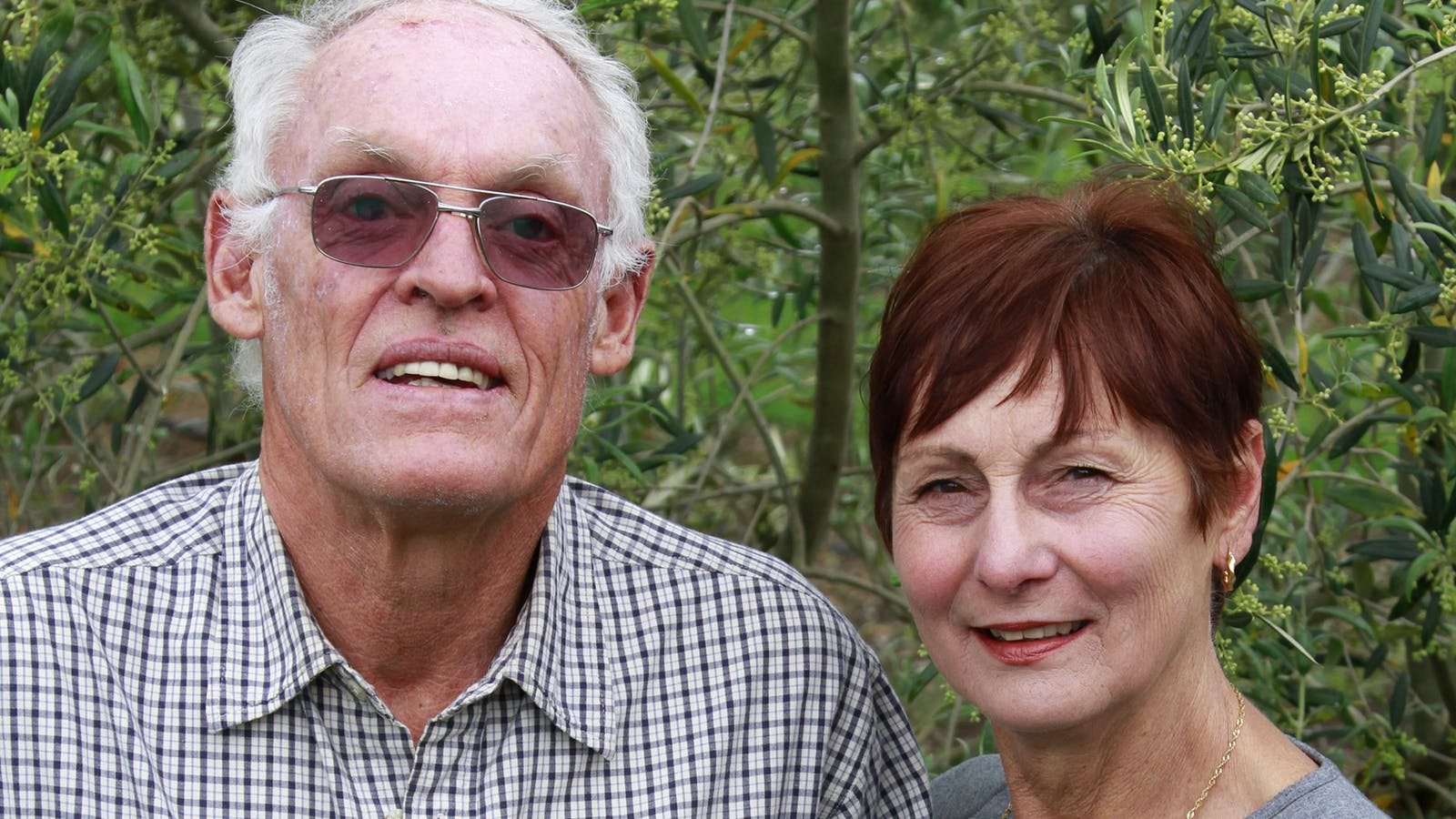 Len and Renate kint
