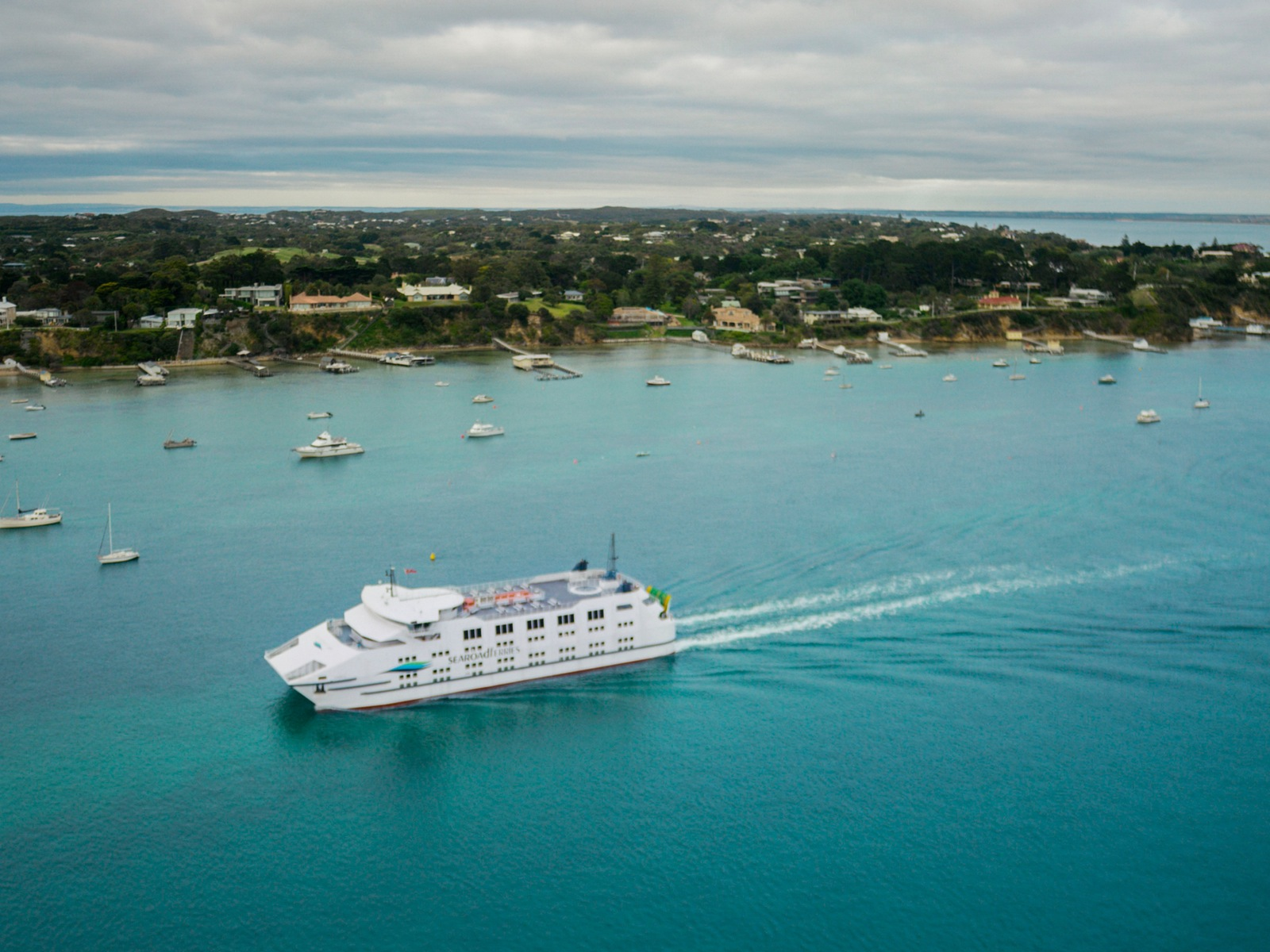 Searoad Ferries sailing from Queenscliff to Sorrento