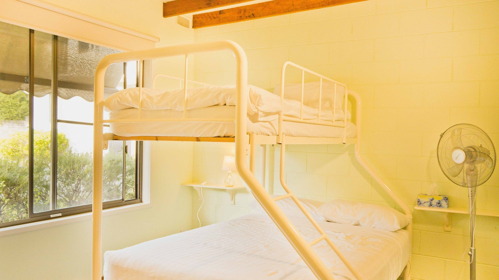 Double bed with single bunk up top