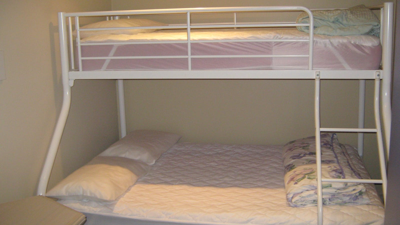 Second bedroom with bunk
