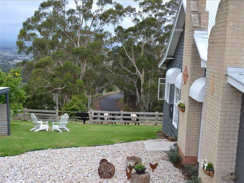 Pet friendly accommodation, Victoria, Australia