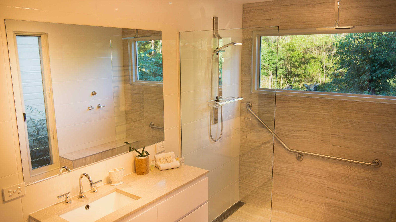 Accessible ensuite bathroom