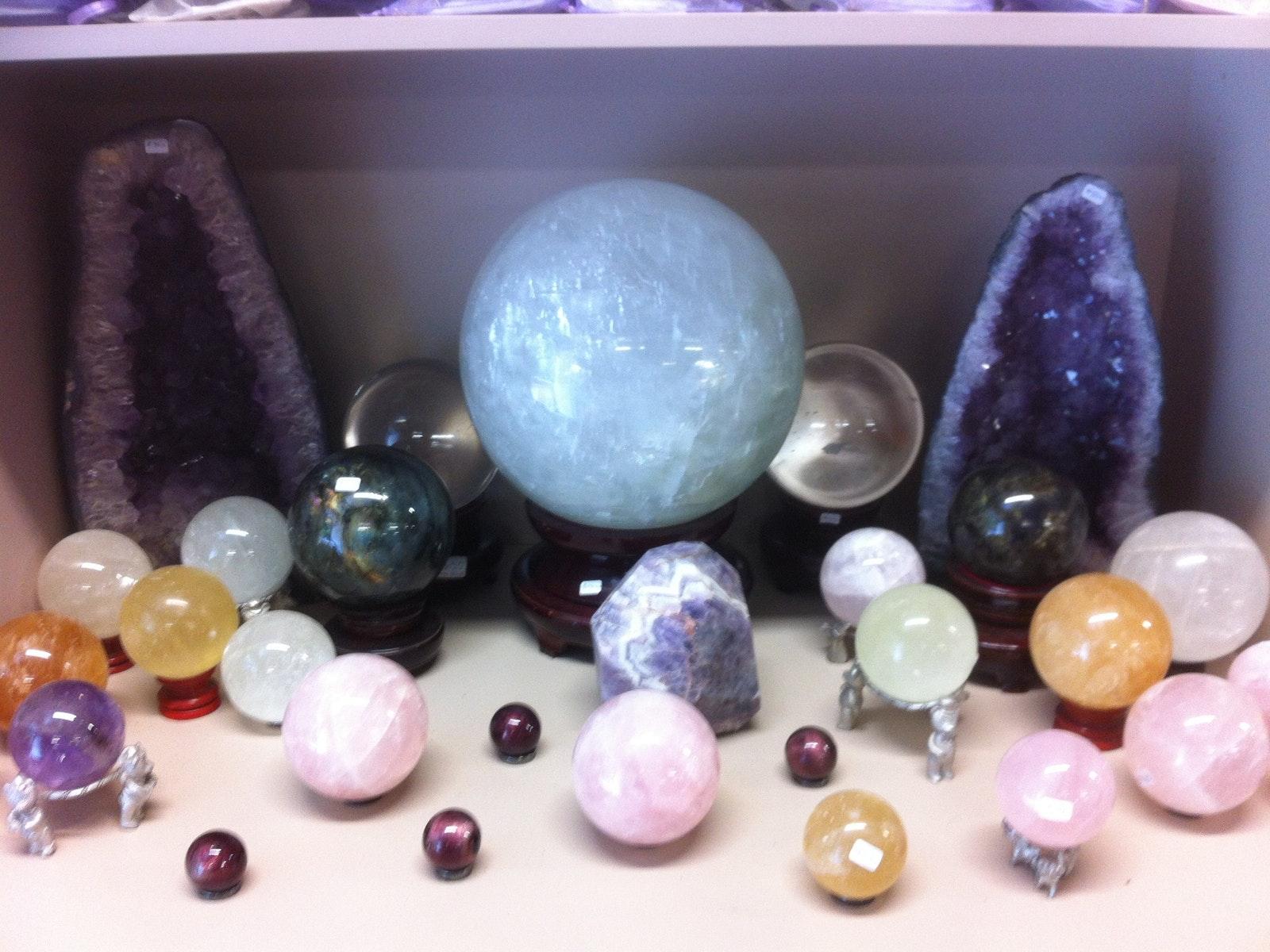 natural and polished gemstones