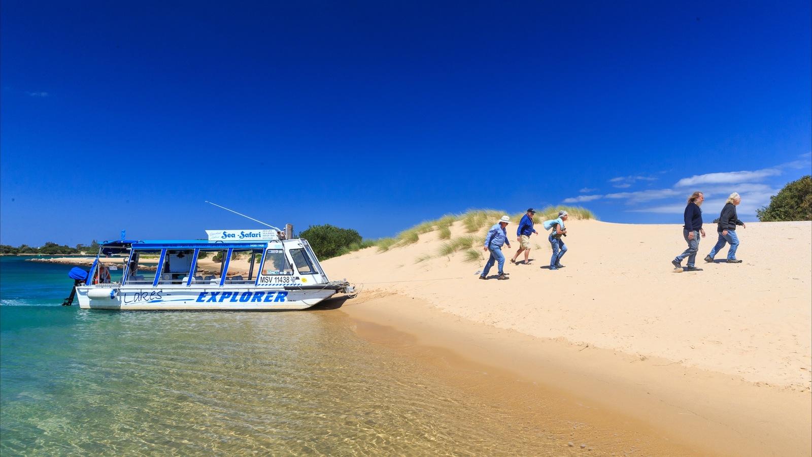 Sea-Safari on Lakes-Explorer