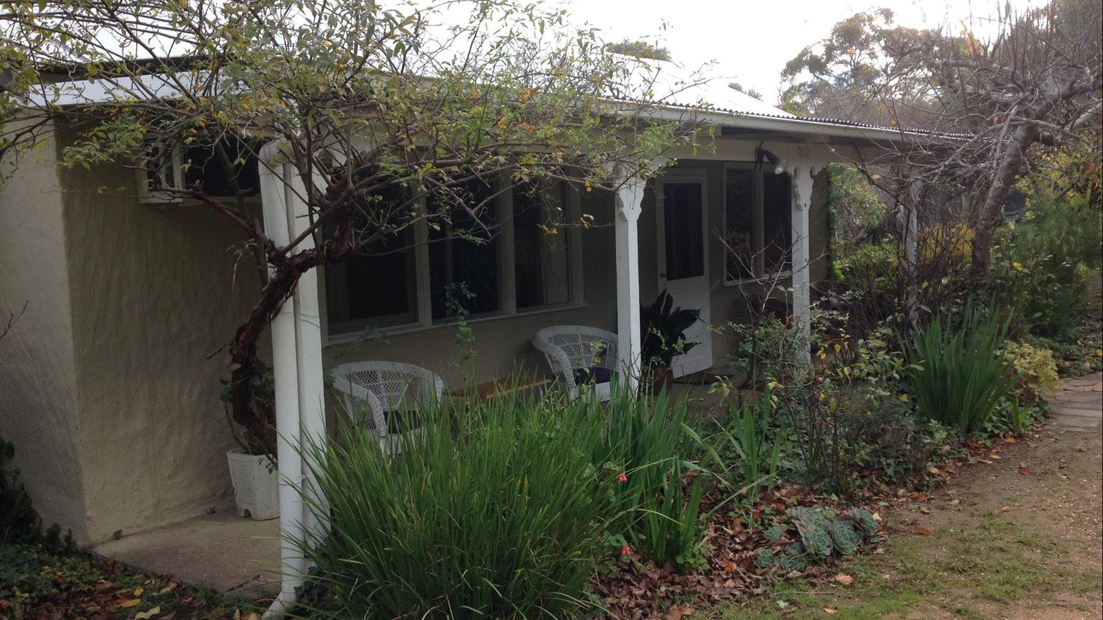 Shady verandah on the cosy cottage accommodation