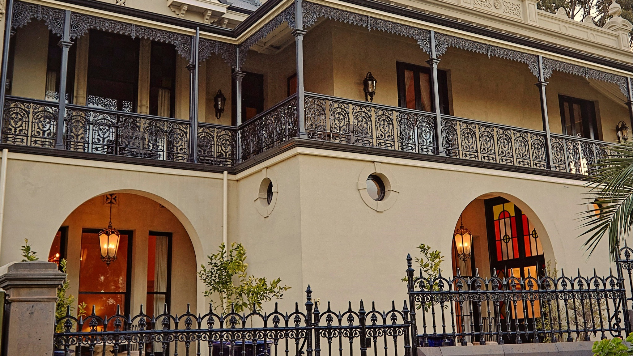 The Suites occupy the lower ground floor of Villa Belgravia