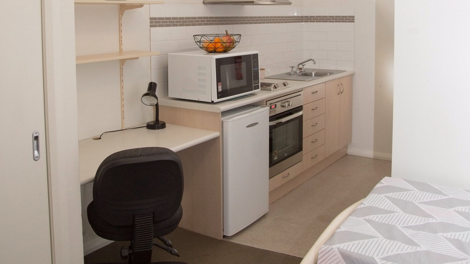 Elsworth Street Apartments Studio Apartment Kitchennette