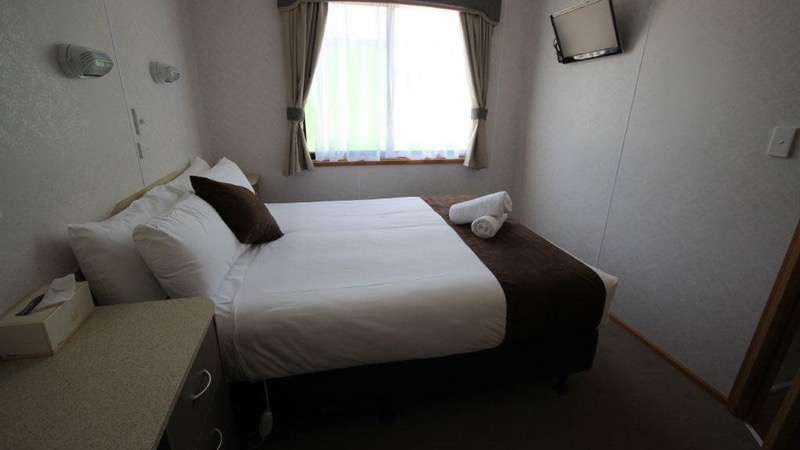 Clean spacious bedroom in Holiday Park