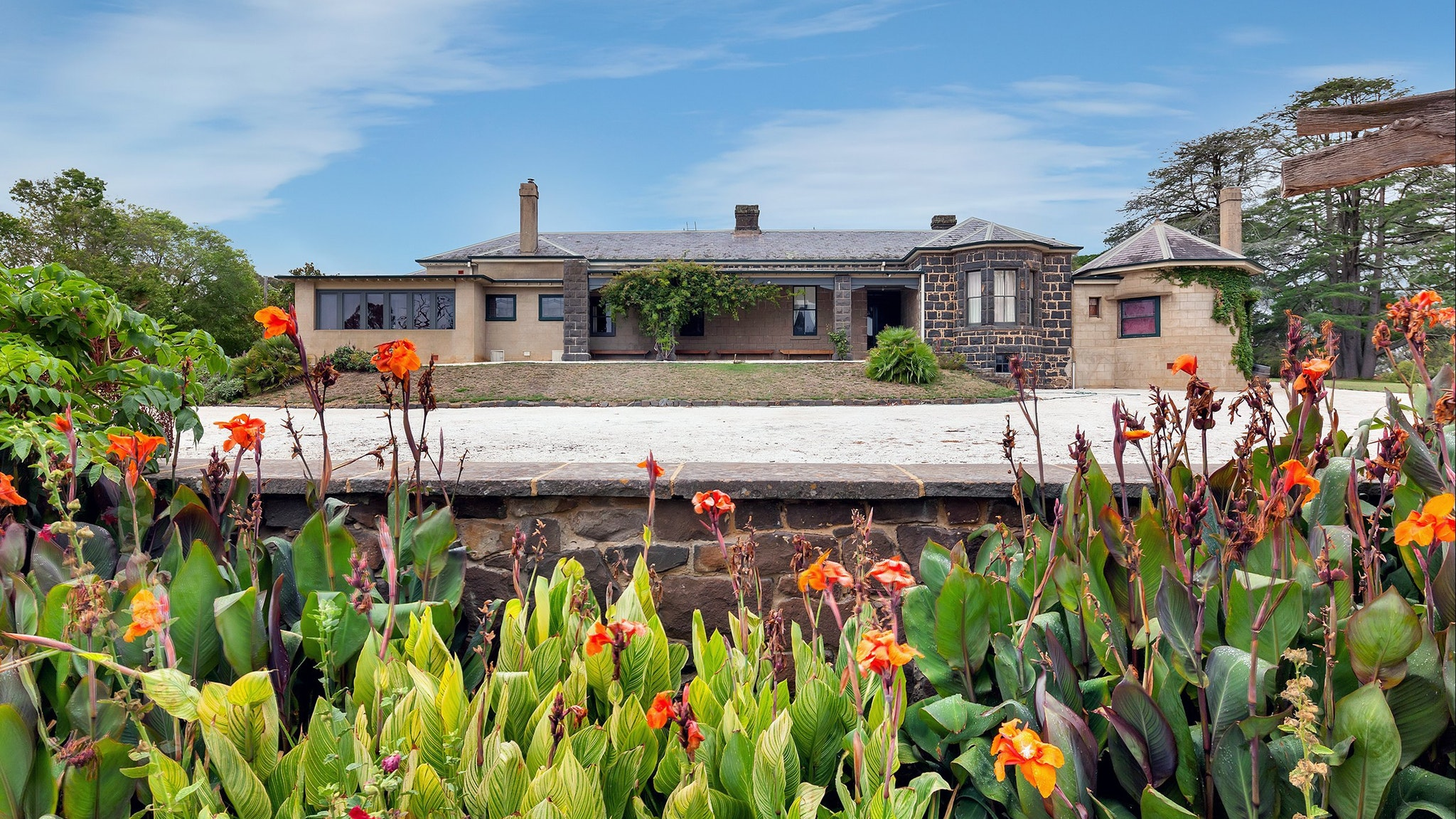 Eurambeen Historic Homestead and Gardens
