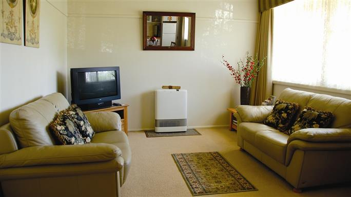Peel Cottage Accommodation Goldfields Victoria Australia