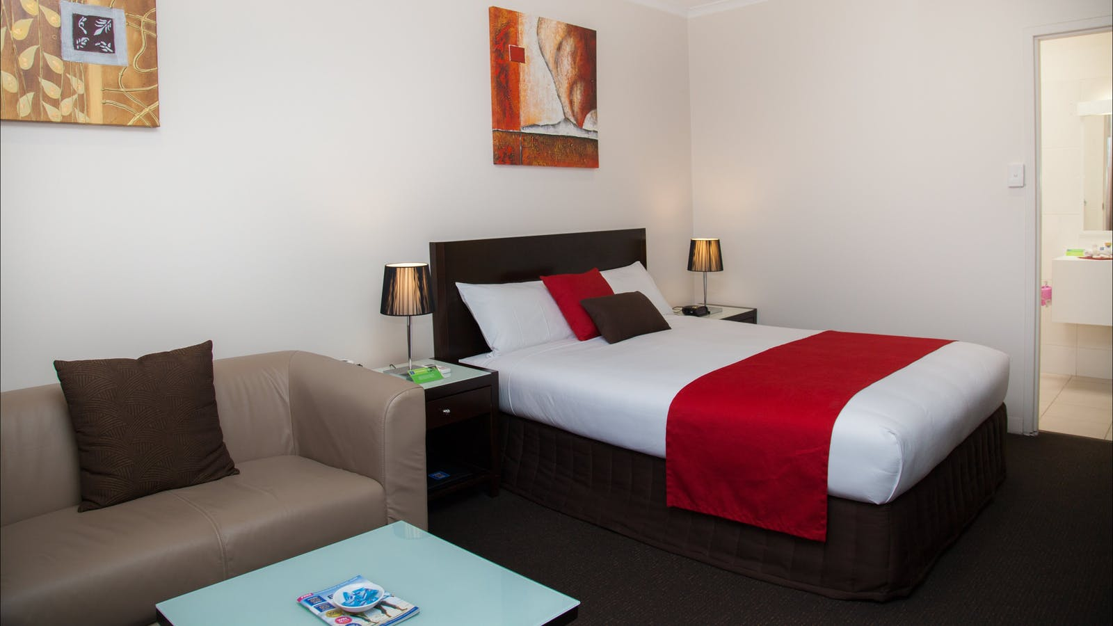 Deluxe Queen Room - Junction Motel, Maryborough
