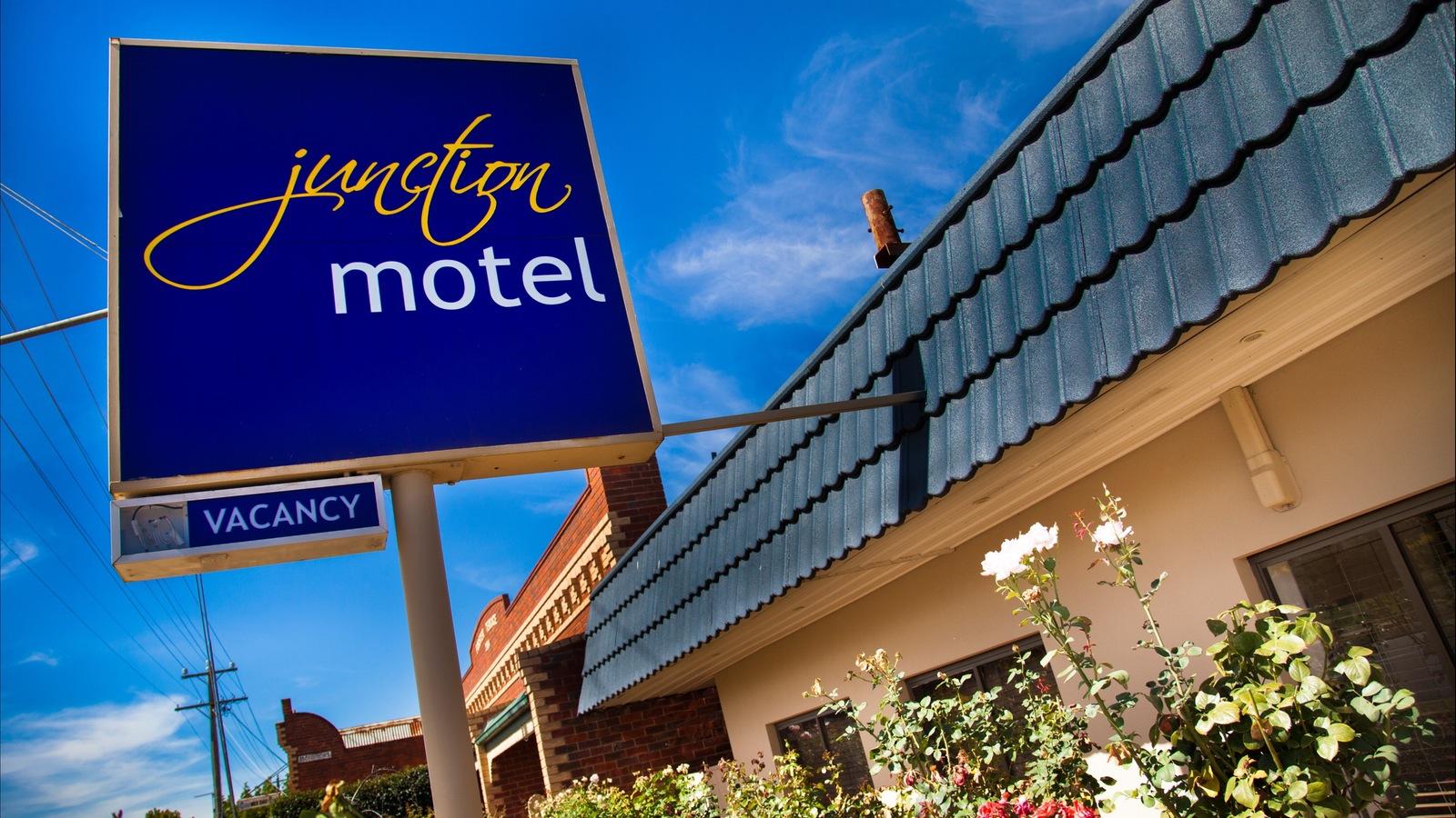 Facade - Junction Motel Maryborough