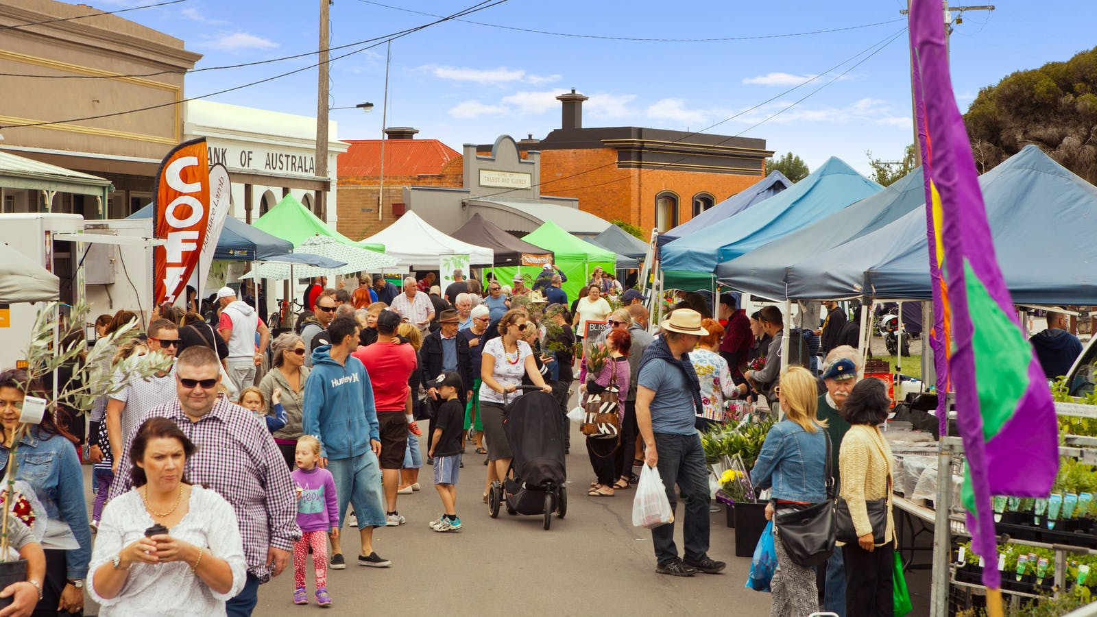 Over 80 produce and gourmet product stalls line the beautiful heritage streetscape in Talbot every month.
