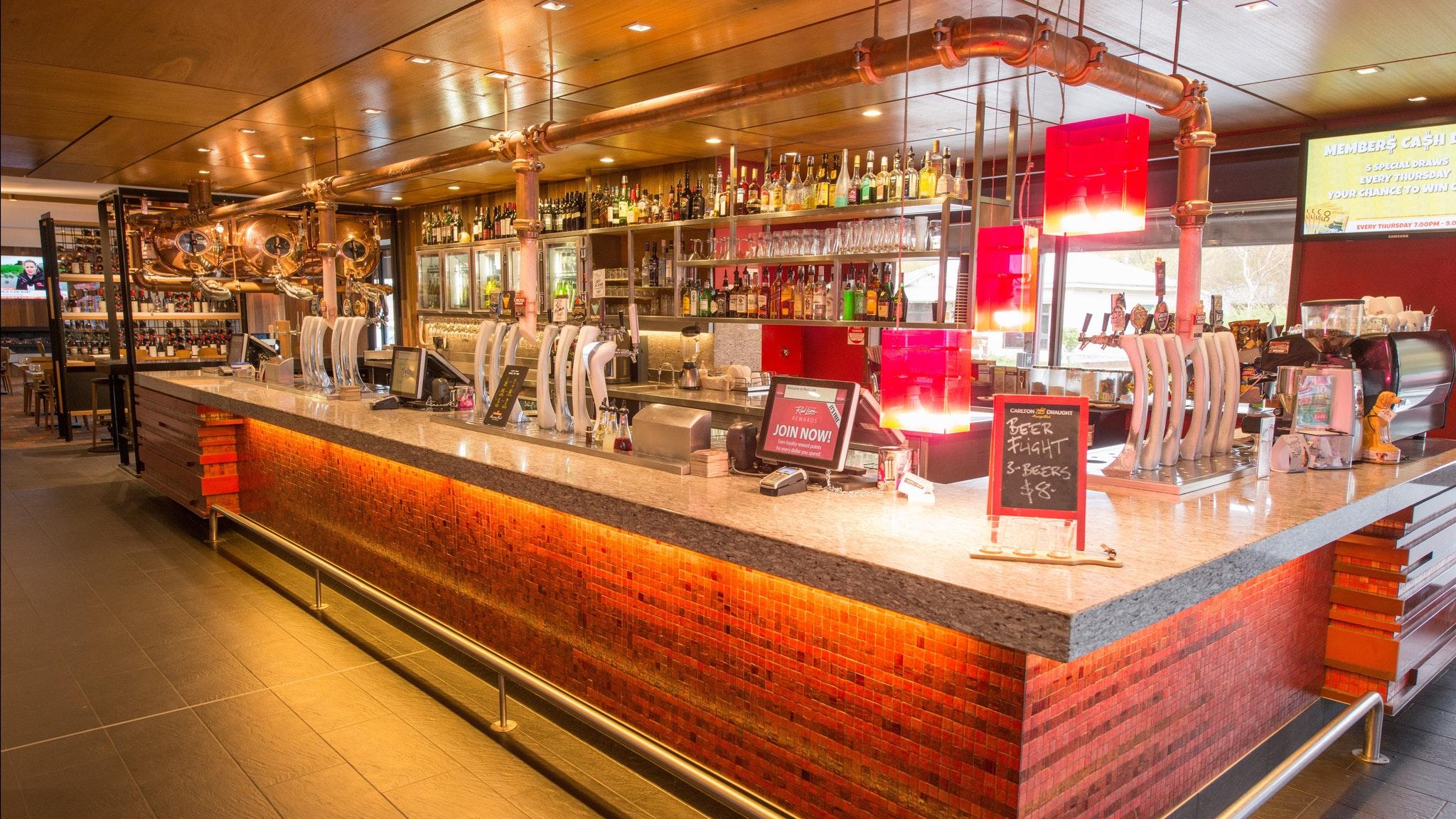 Red Lion hotel Main Bar