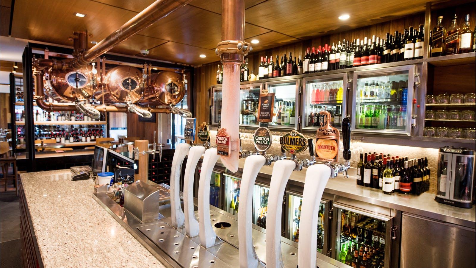 Red Lion Bar