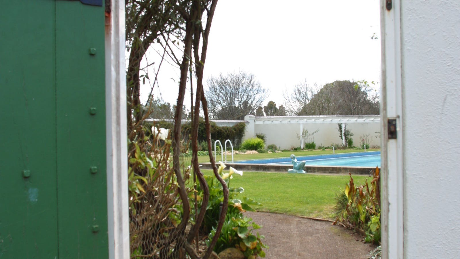 Garden door to swimming pool
