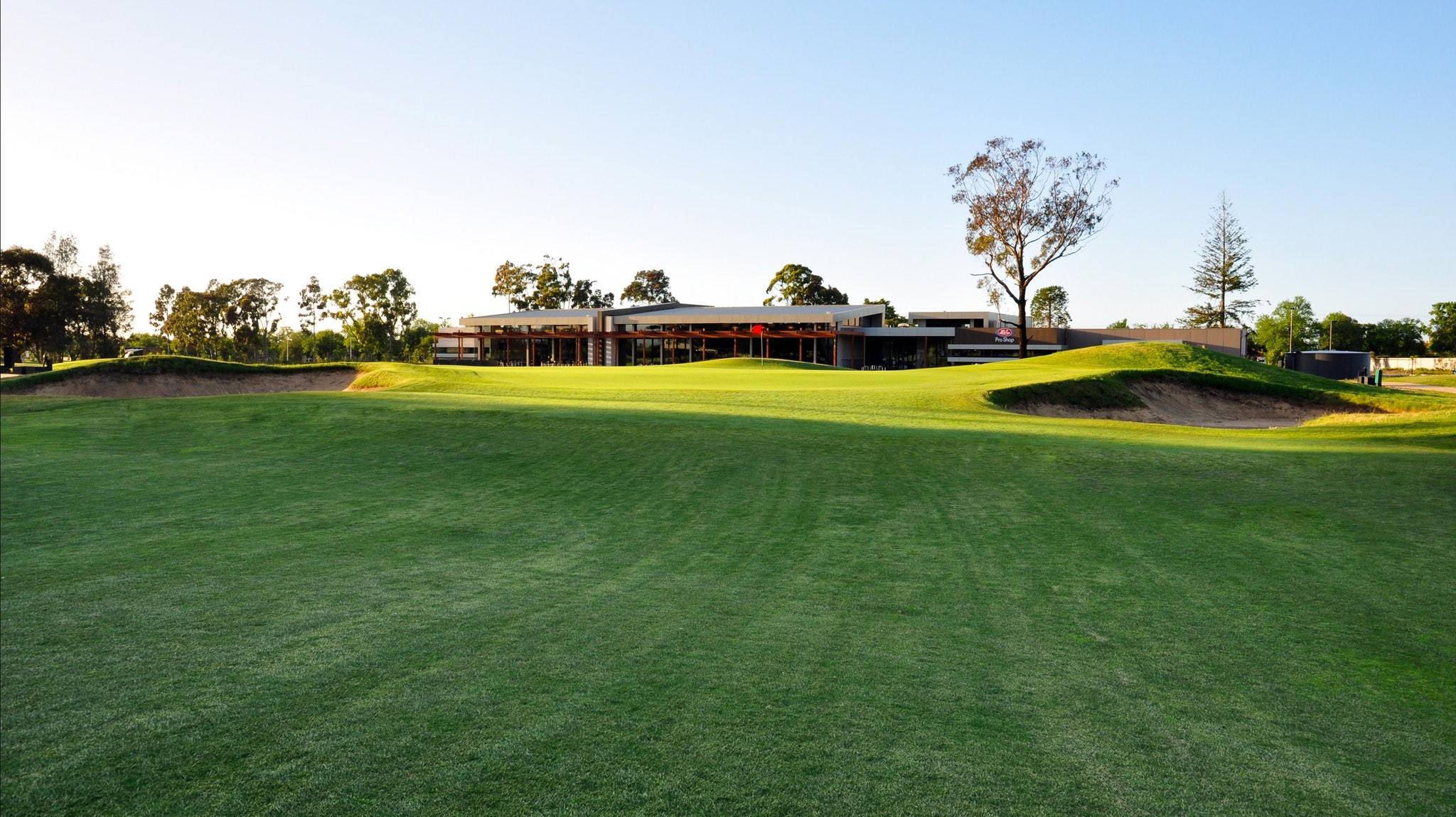 Ballarat Golf Club, Club House, 18th Green