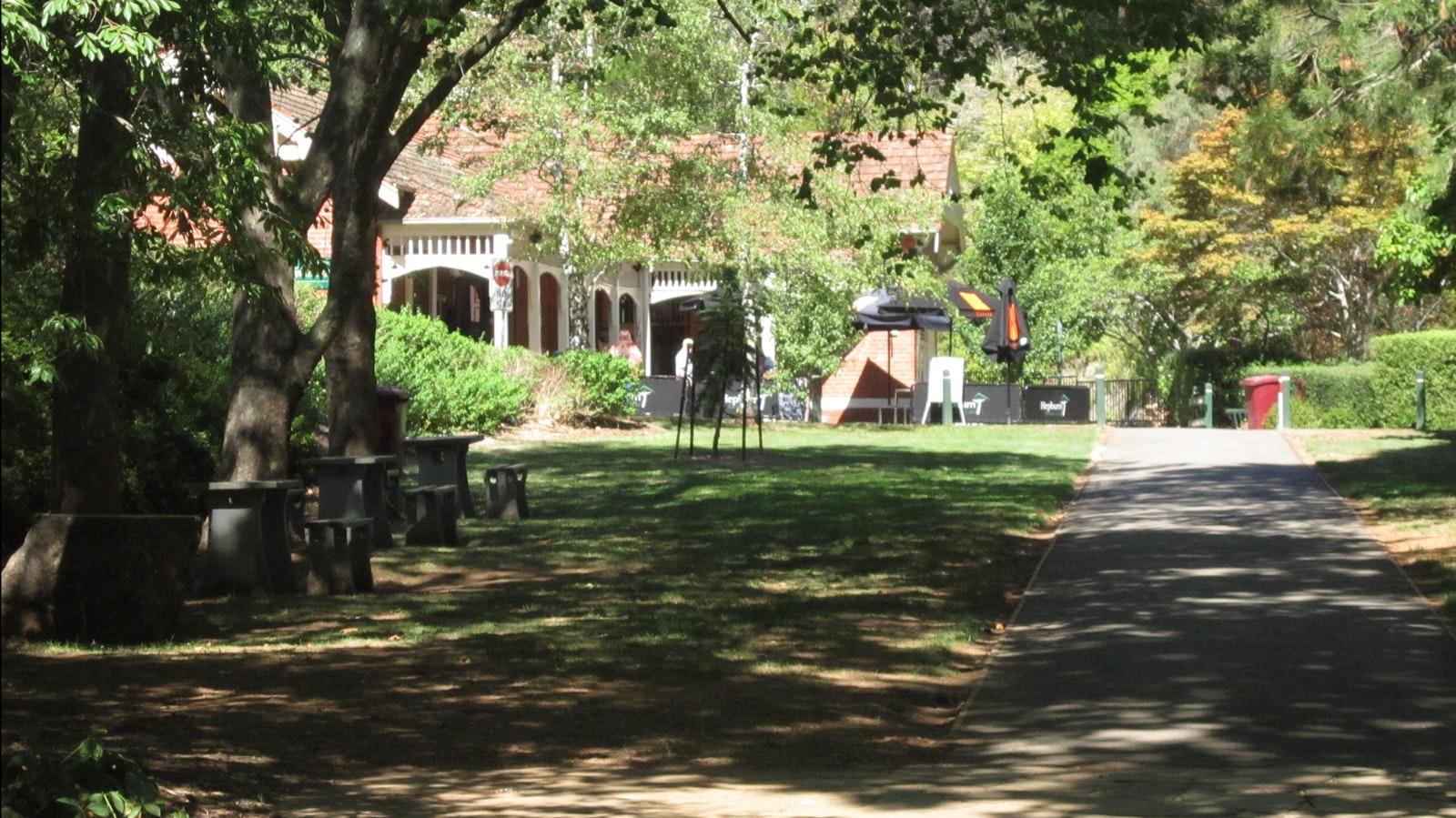 Pavilion Cafe Hepburn Springs Reserve - Hepburn Springs