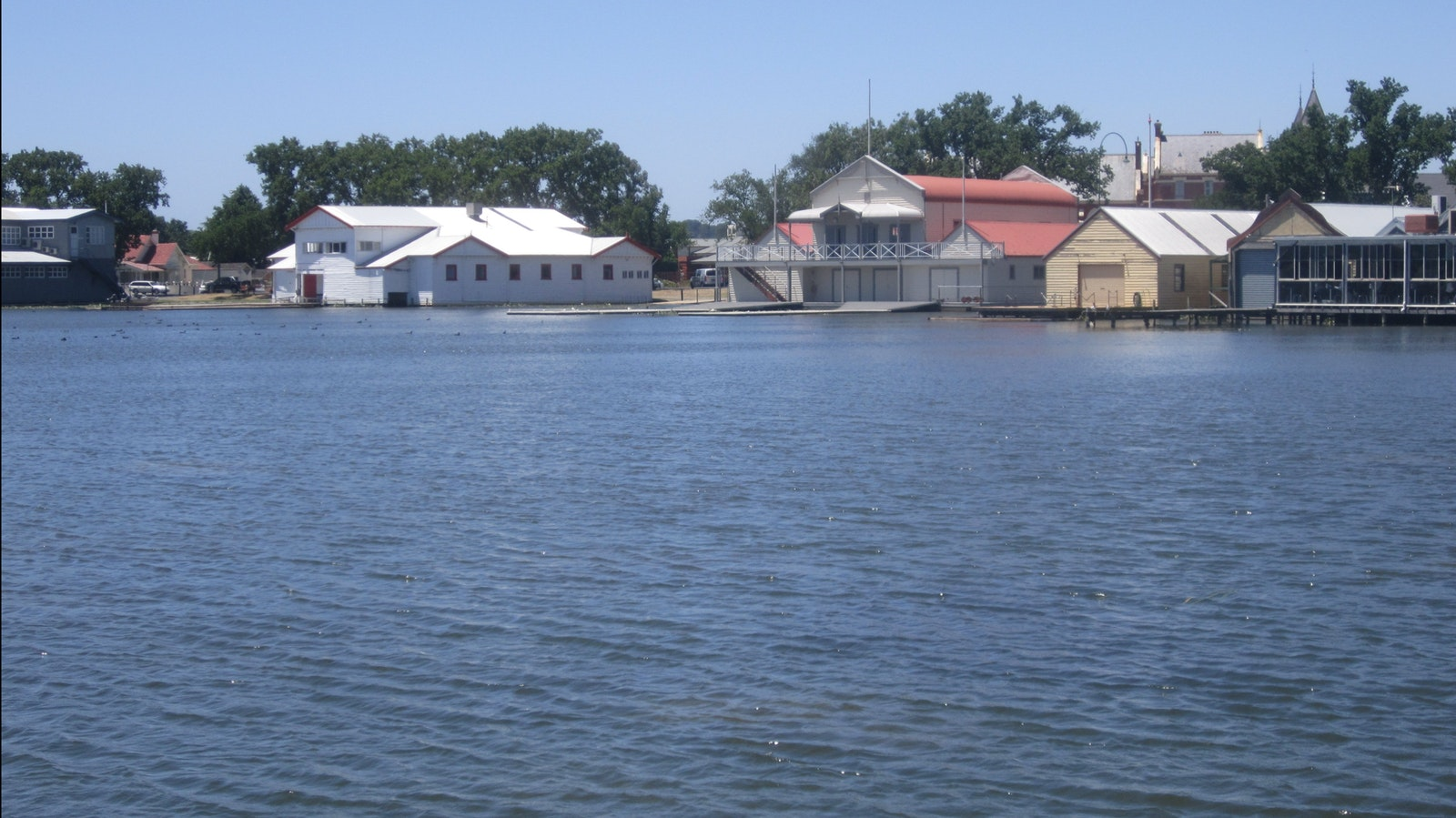 Rowing clubs Lake Wendouree, BALLARAT - Goldfields
