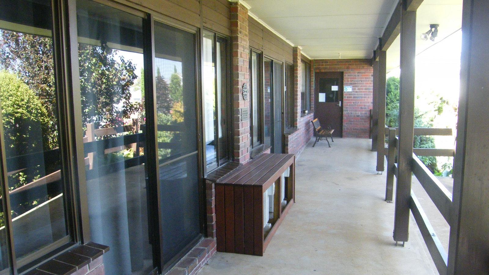 Bommers Guest House Front Verandah