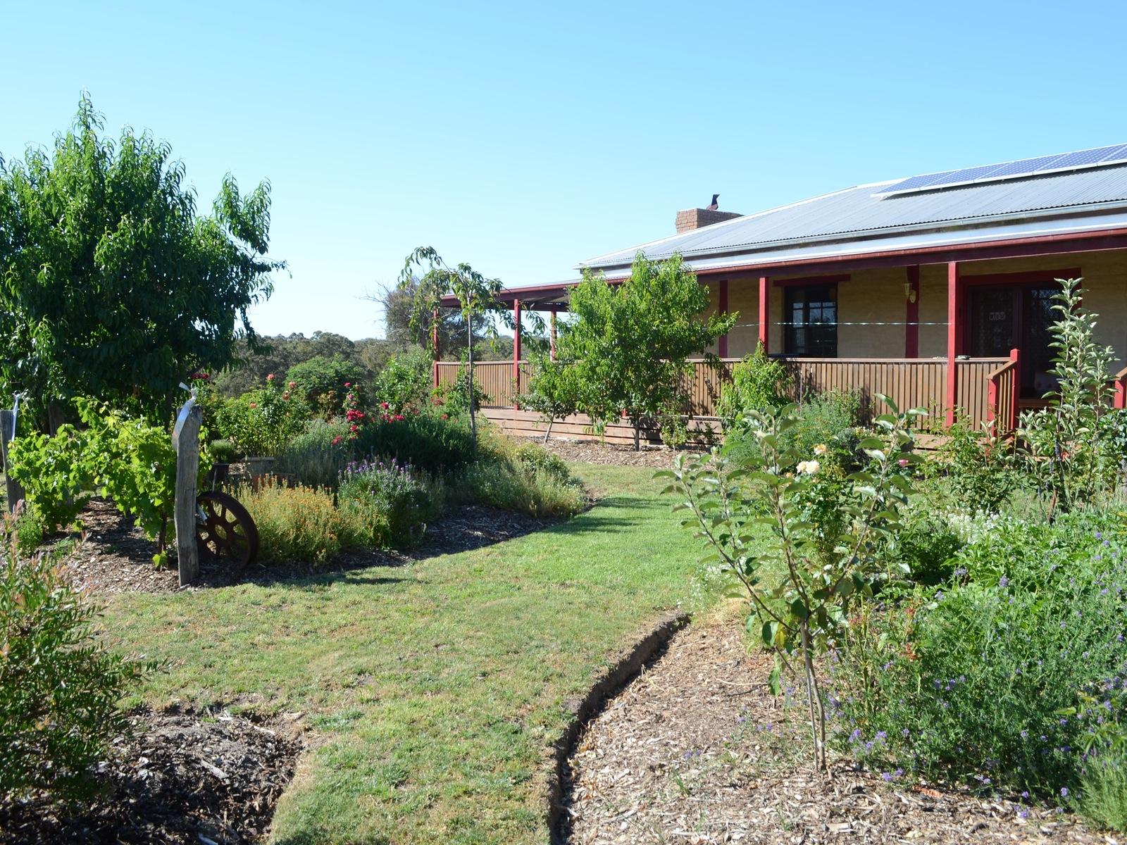 Enjoy the Gardens at 'Mureybet'