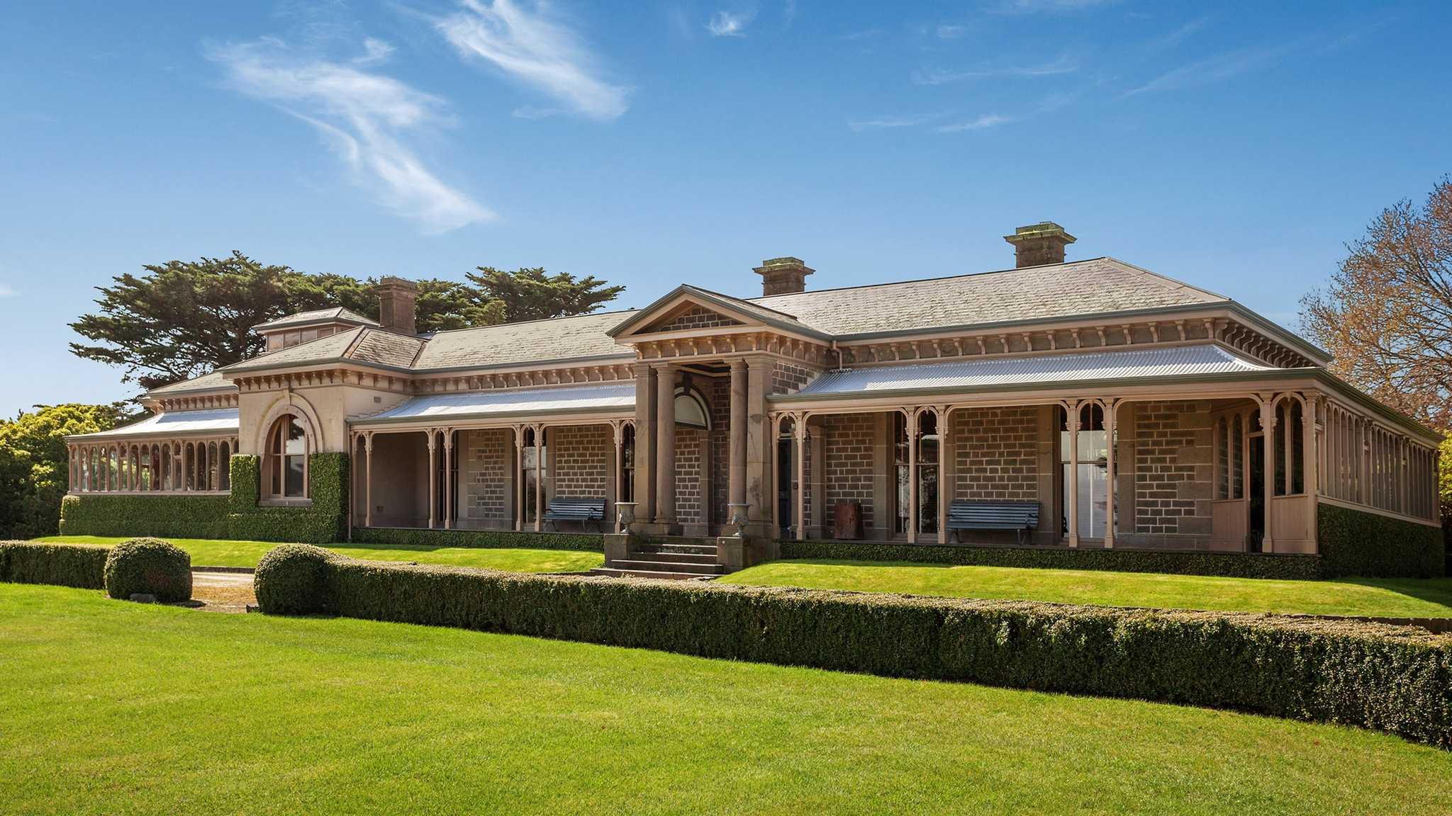 Built in 1861, the homestead is National Trust listed as a building of historical significance. Notable achitect Charles Webb designed the building. The homestead is built around an inner courtyard, which has a stunning horizontal elm within it.