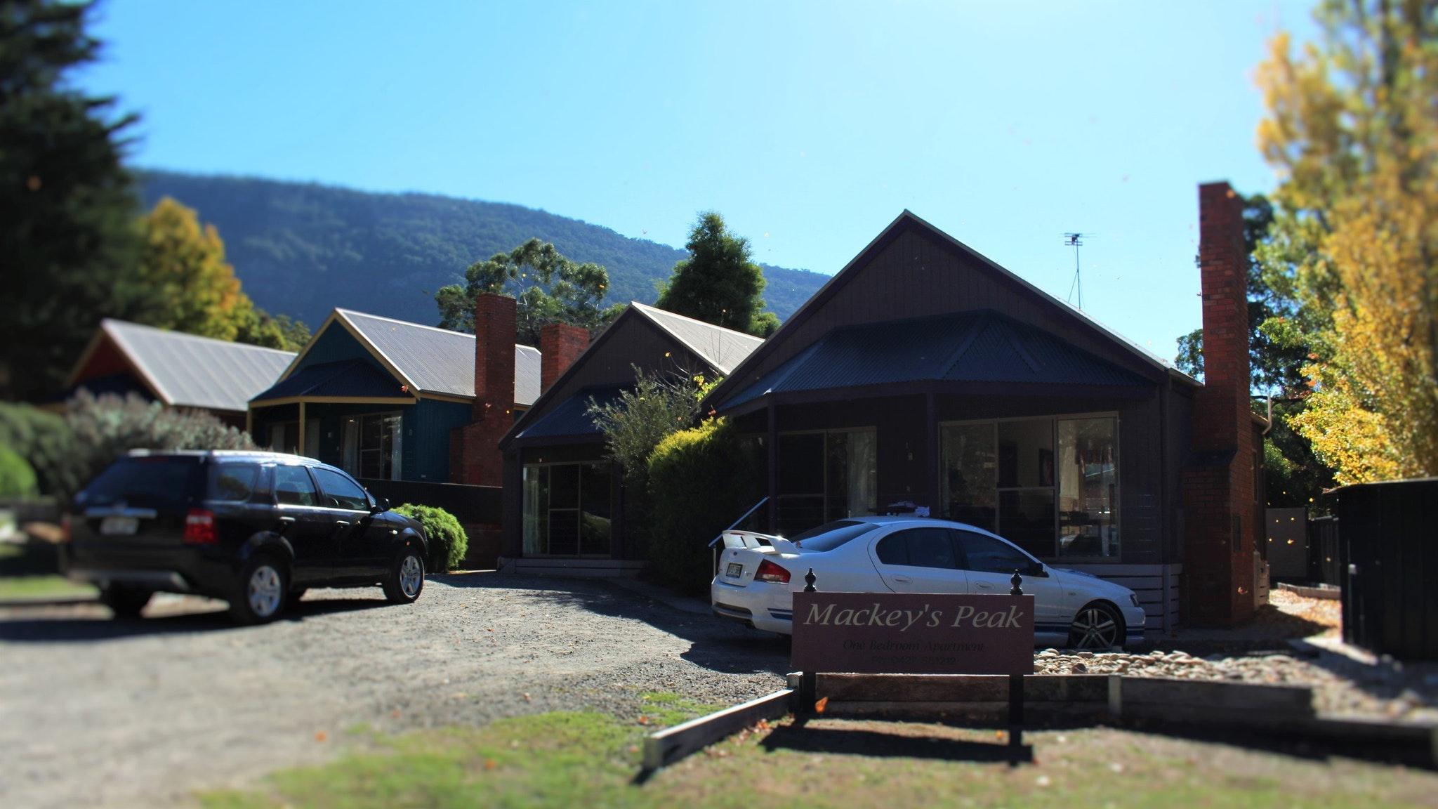 Mackey's Peak front