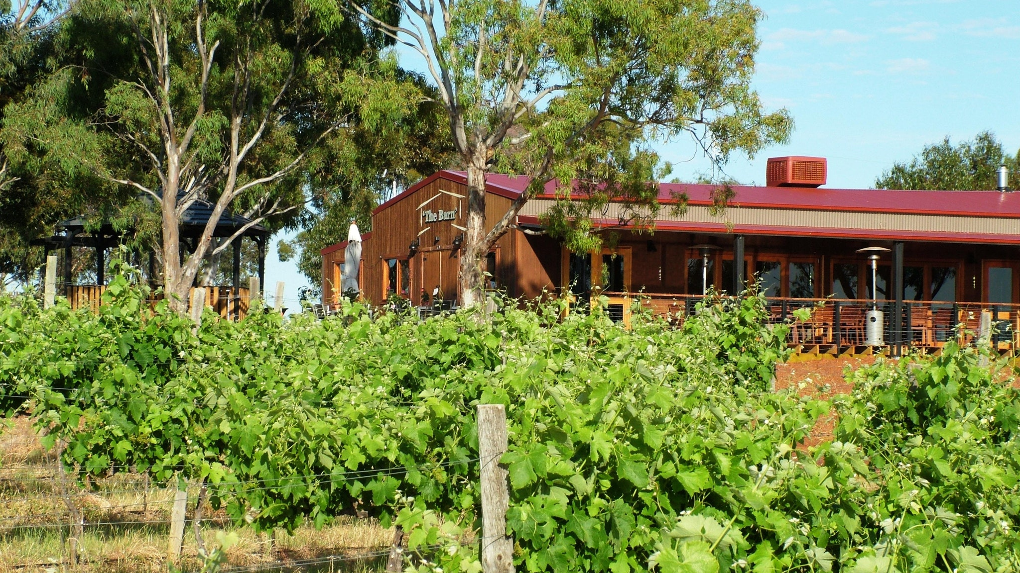 Barangaroo Boutique Wines - The Barn cellar door and function centre