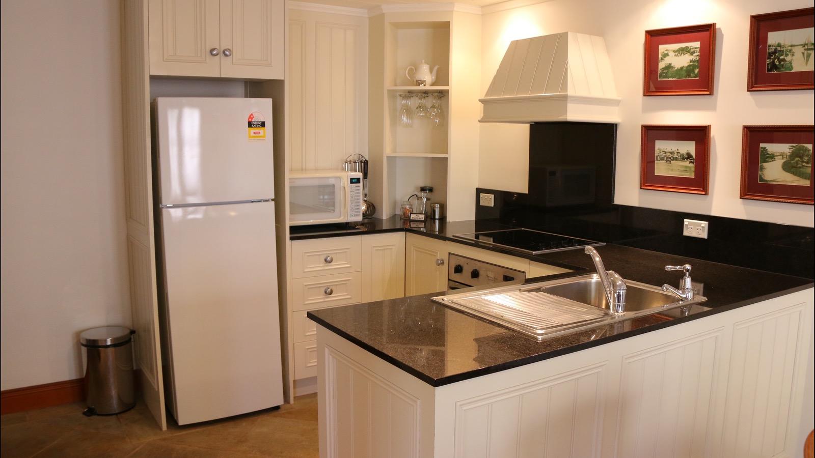 King suite apartment kitchen
