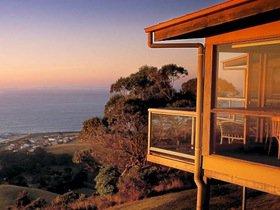 Chris's Beacon Point Restaurant and Villas