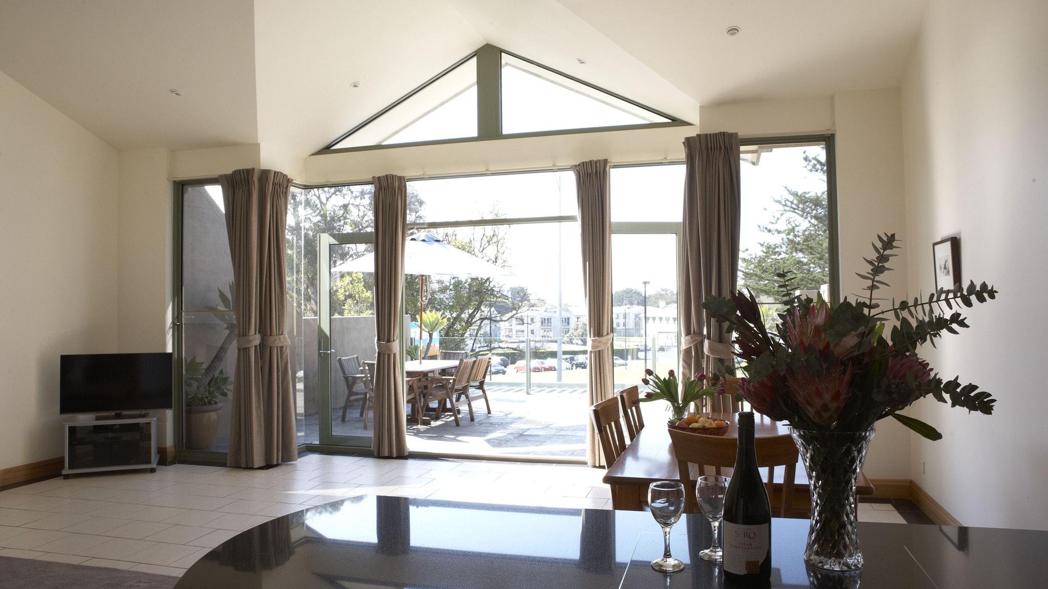 Lemnos Apartments