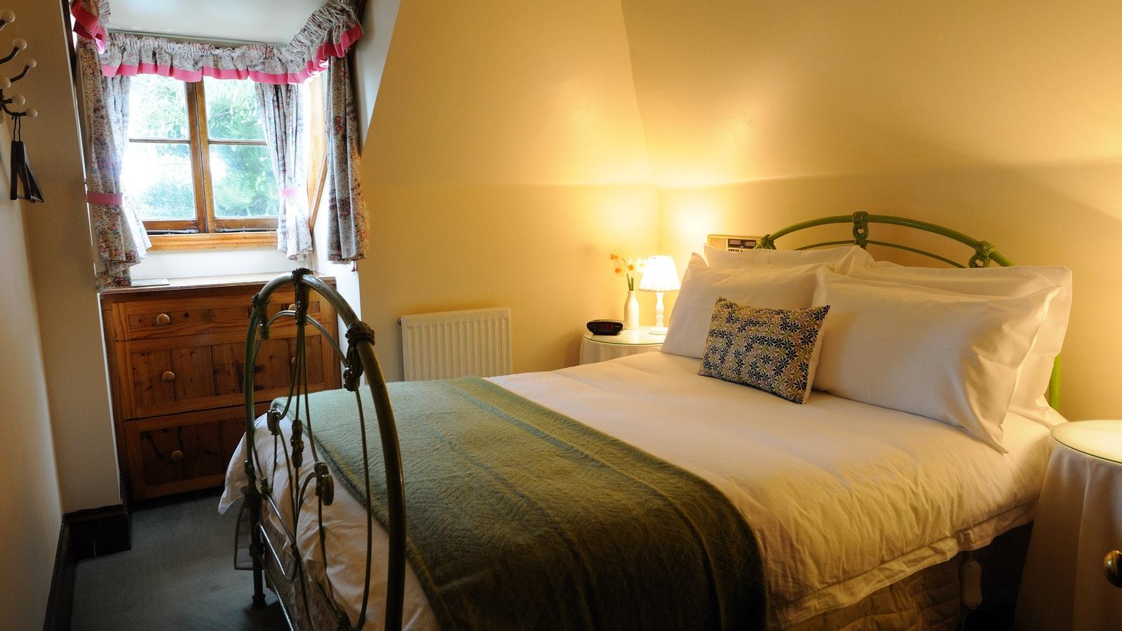 Merrijig Inn Cosy Attic Room