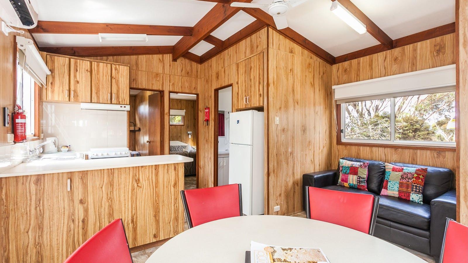 Deluxe Cabin Interior 6 berth